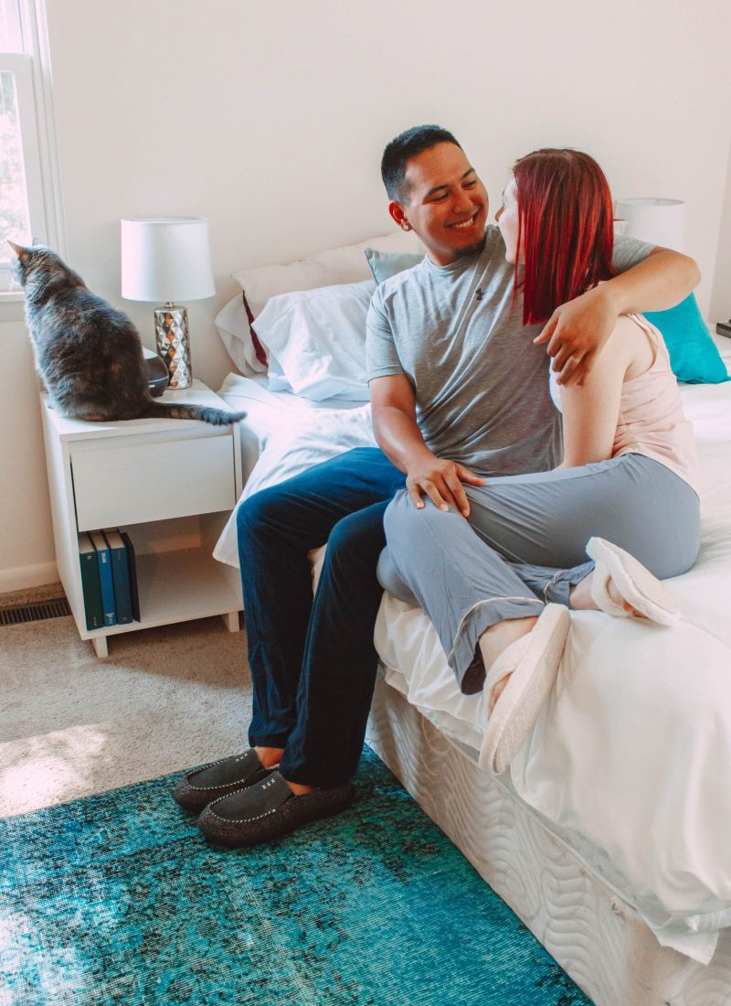 5 Tips to Enjoy the Best At-Home Date With Your Spouse