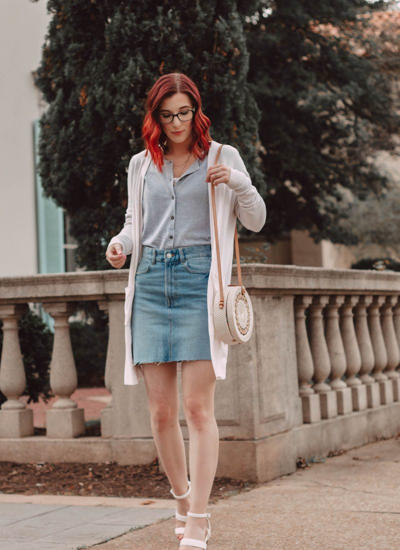 How to Look Extremely Classy While Wearing a Denim Skirt